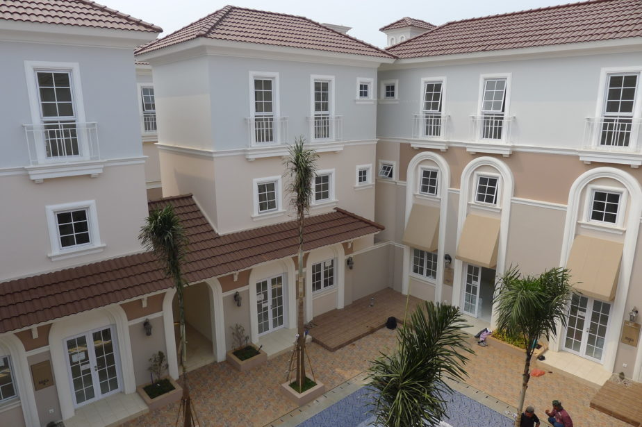 Alesha House